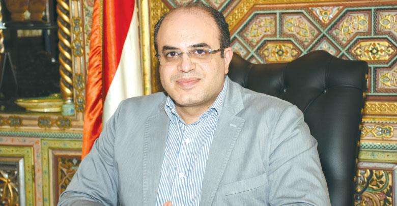Photo of وزير الاقتصاد: العقوبات هي حرب اقتصادية معلنة وتهدف إلى التأثير على احتياجات الشعب السوري