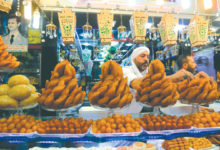 Photo of اقتصاد رمضان – «التموين»: الإنتاج المحلي يغطي 75 بالمئة من حاجة السوق ولا خوف على المخزون الغذائي ولا ارتفاع للأسعار