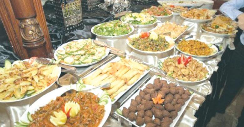 Photo of اقتصاد رمضان – عدد المحتاجين ازداد وعدد المقتدرين نقص عربش: الأسرة تحتاج إلى 500 ألف ليرة للإنفاق في رمضان